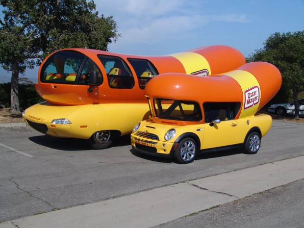 image from Oscar Mayer http://hotdoggerblog.com/downloads/